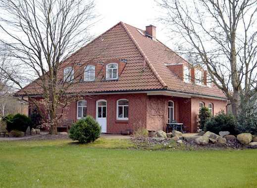 Wunderschönes 7-Zi-EFH mit Freizeithalle, idyllischem Garten und Teichanlage auf großem Grundstück