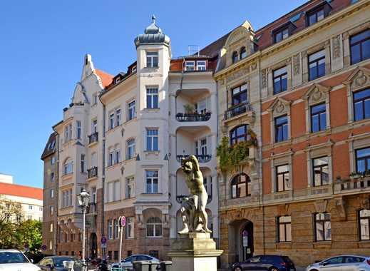 Wohntraum mit Zentrumsblick! // große DG-Einheit mit Lift, Terrasse & 2 Bädern