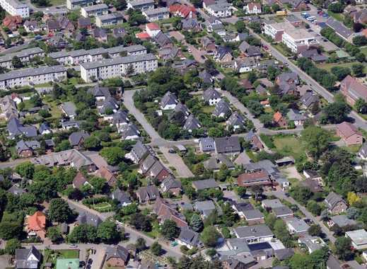 Zwei Einfamilienhäuser mit Garten in begehrter Lage  von Alt-Westerland