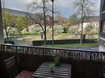 Schöne 1 5-Zimmer-Wohnung mit Balkon