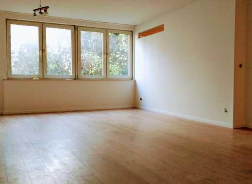 Frisch renovierte 3 Zimmerwohnung / Fußbodenheizung / Zentral