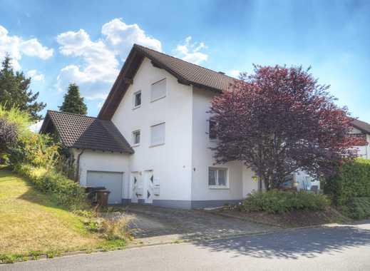 Großzügiges Wohnhaus mit Einliegerwohnung in schöner und beliebter Wohnlage