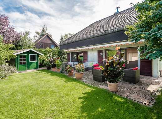 Haus mit traumhaft angelegtem Garten und hochwertiger Ausstattung in Kladow