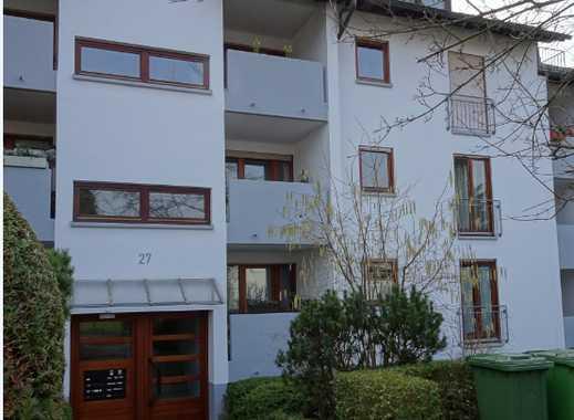 Gepflegte 3,5-Zimmer-Erdgeschosswohnung mit Terasse und Balkon in Offenburg