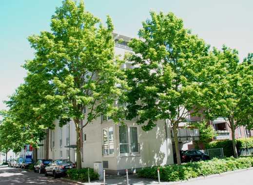 Aussergewöhnliche Dachgeschoss-Maisonette Wohnung in zentraler Lage