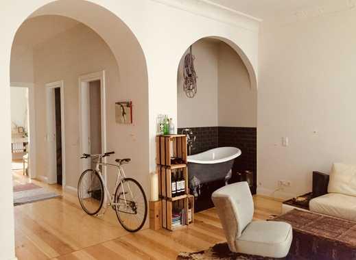 Helles möbliertes Apartment mit freistehender Badewanne im Prenzlauer Berg, Berlin