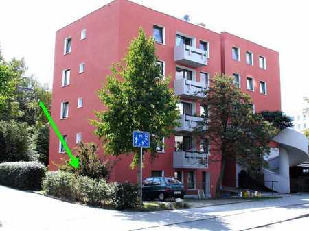 *Schöne 3-Zimmer-Wohnung mit Terrasse in Regensburg-West* in Westenviertel (Regensburg)