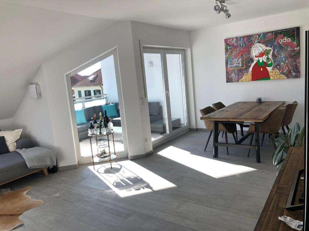 Hochwertige Dachgeschoßwohnung mit gemütlicher Terrasse