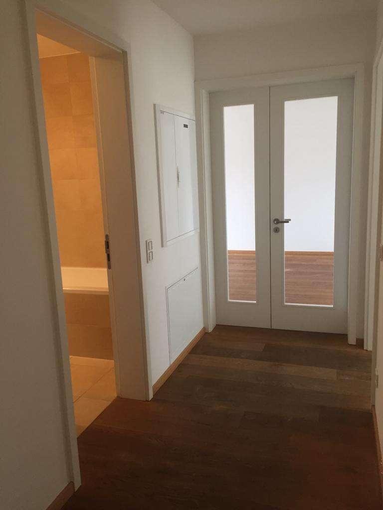 Exklusive, hochwertige 3-Zimmer-Wohnung mit Balkon und Einbauküche in Maxvorstadt, München in Maxvorstadt (München)