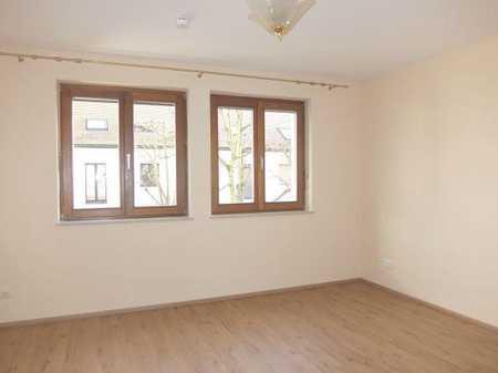 04_WO6422 Renovierte, helle 3-Zimmerwohnung (Durchgangszimmer) in ruhiger Lage / Kumpfmühl in Kumpfmühl-Ziegetsdorf-Neuprüll (Regensburg)