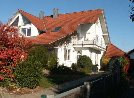Schöne Doppelhaushälfte mit acht Zimmern in Westerstetten, Alb-Donau-Kreis