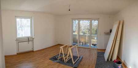 Exklusive, vollständig renovierte 2-Zimmer-Wohnung mit Balkon in Augsburg in Haunstetten (Augsburg)