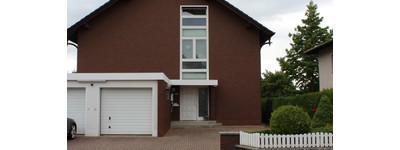 Für Sie! Renovierte Dachgeschosswohnung in gepflegter Umgebung