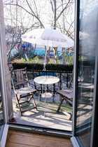 Sanierte Altbauwohnung mit Balkon in