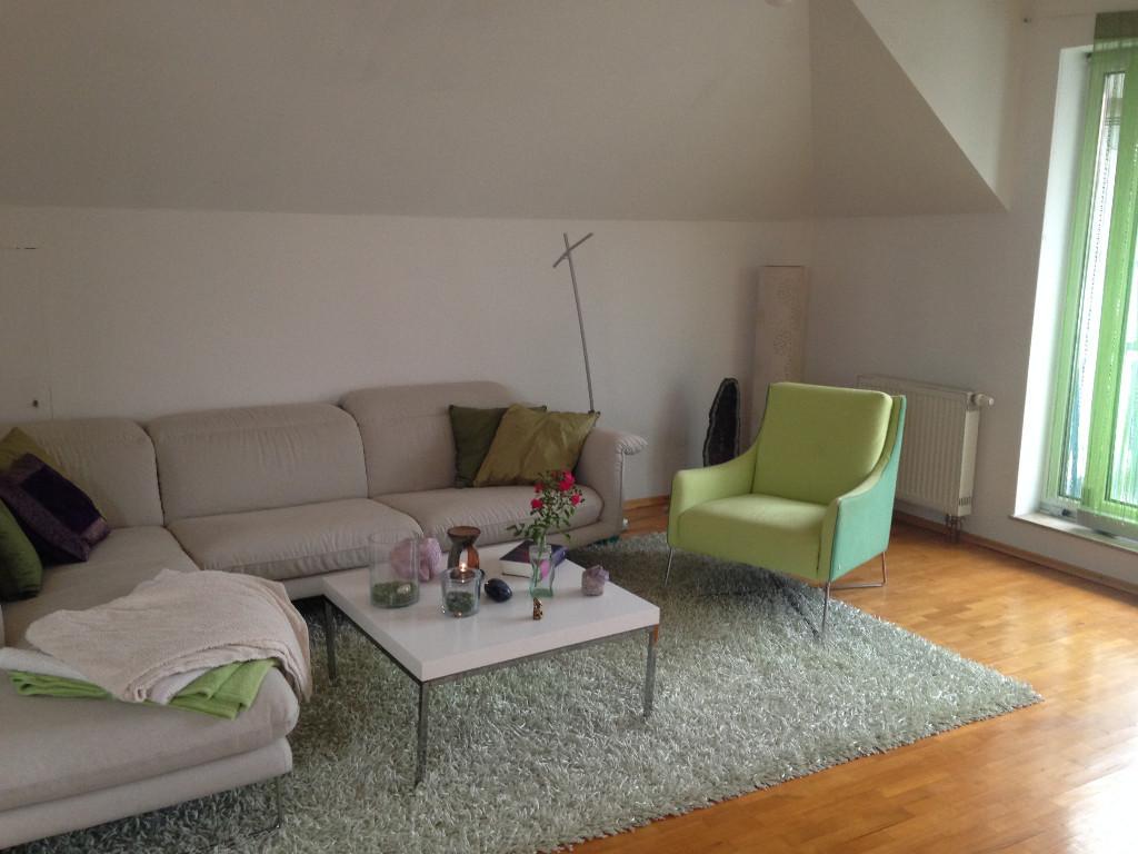 Lichtdurchflutete 4,5-Zimmer-Dachgeschosswohnung in ruhiger Lage in Senden (Neu-Ulm)