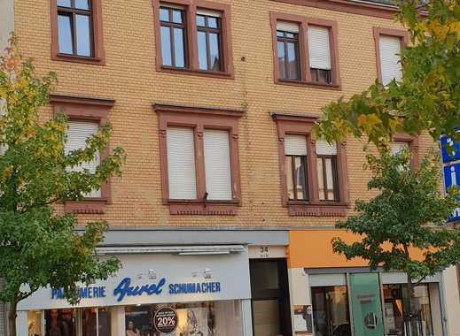 Studenten aufgepasst - 3 Zimmer à 350 EUR, neue Einbauküche, saniertes Bad