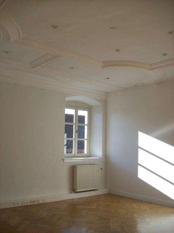 Wohnen mit Stil: 4,5 ZKB-Wohnung nach Süden ausgerichtet mit Gartenanteil und Donaublick in