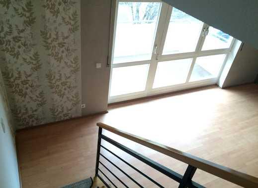 * Schöne 3-Zimmer-Wohnung auf 2 Ebenen in toller Wohnlage *