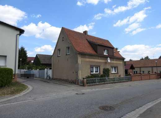 Einfamilienhaus_6 Zimmer_ca.150m²_Garage_Hof_Nebengelass