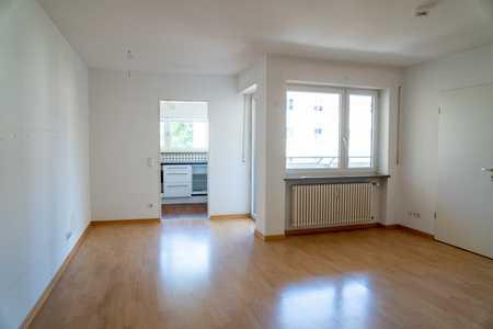 Schöne 2-Zi-Wohnung mit Küche und Westloggia zu vermieten! in Bogenhausen (München)