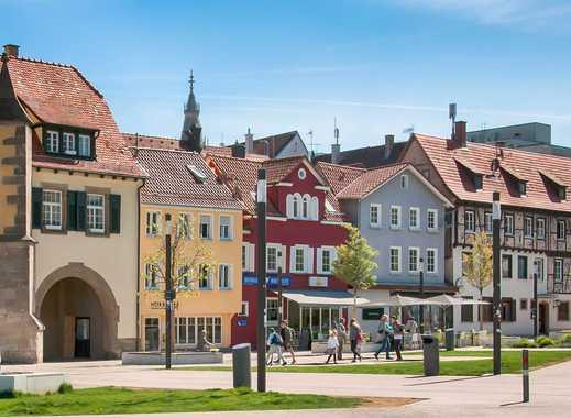 Gemütlichkeit und Geschichte in Reutlingen! 4-Zimmer-Wohnung mit Dachterrasse in schöner Umgebung