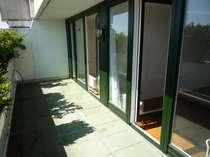 ... mit neuen Terrassentüren..