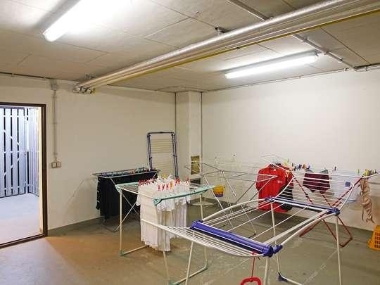 Moderne 3-Zim.-Wohnung mit PKW-Stellplatz und Garten - Bild 25