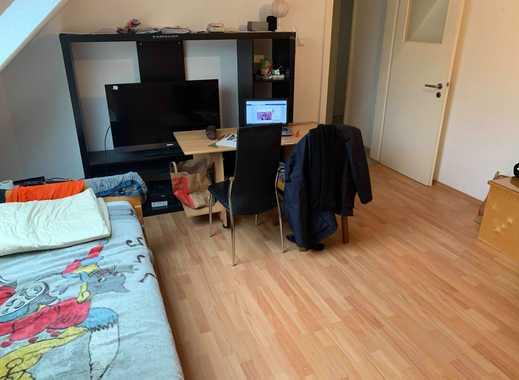 18 Quadratmeter möbliertes Zimmer 5 Minuten vom Hauptbahnhof