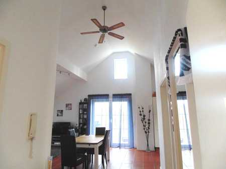 3 Zimmer Loft-Wohnung im DG, ca. 84 m² Wfl. ruhige Ortsrandlage in Niederroth S 2, Markt Indersdorf in Markt Indersdorf