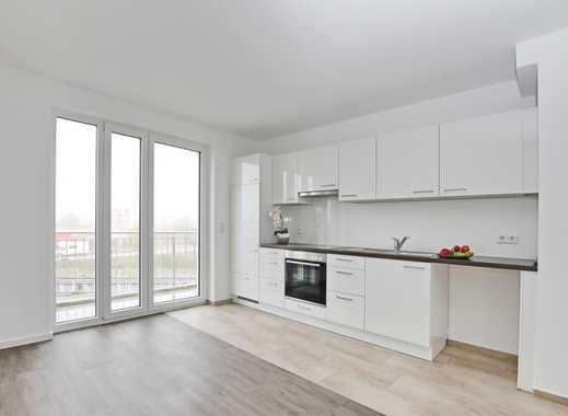 Helle, großzügige 3-Zimmer Wohnung mit 2 Balkonen