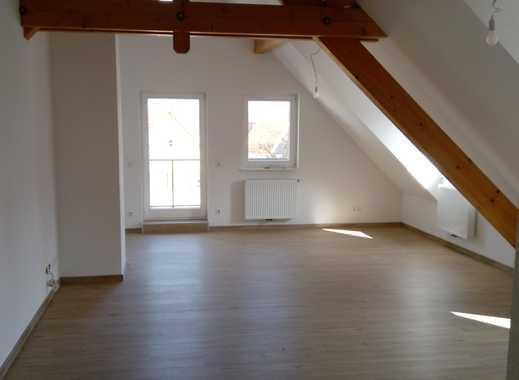 4,5 Zimmer-Dachgeschoss-Schmuckstück (Erstbezug mit EBK) über den Dächern Rosenfelds