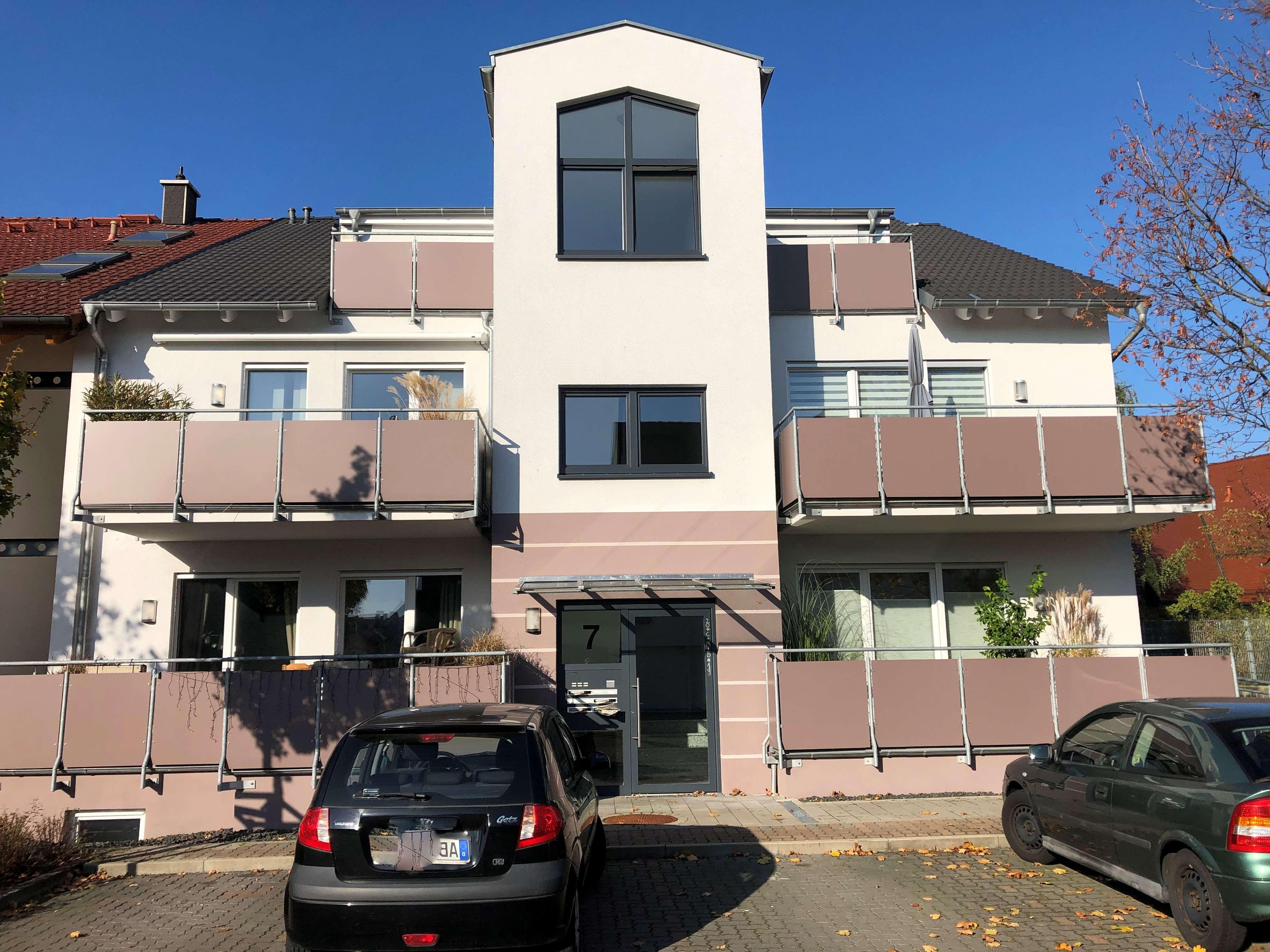 Neuwertige 3-Zimmer-Wohnung mit Balkon und EBK in bevorzugter Lage von Aschaffenburg Nilkheim in Nilkheim (Aschaffenburg)