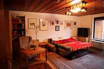 Stilvolle geräumige und gepflegte 1-Zimmer-Dachgeschosswohnung
