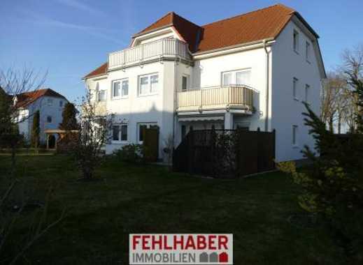 Wald- und wassernah: 4-Zimmer-Dachgeschosswohnung mit Balkon und Carport