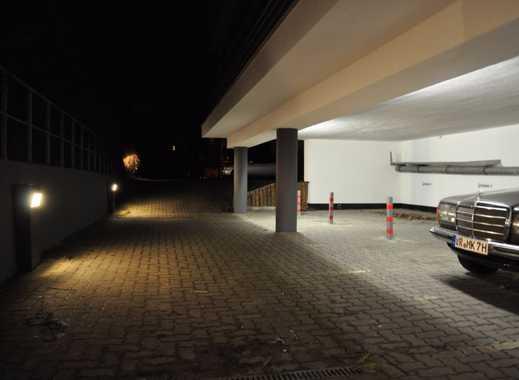 *TOP* Stellplatz/Carport mit elektrischem Rolltor in der KTV Überdacht