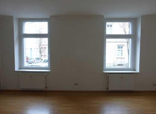 Geräumige 2,5 Zimmer Wohnung im Erdgeschoss zu vermieten!!!
