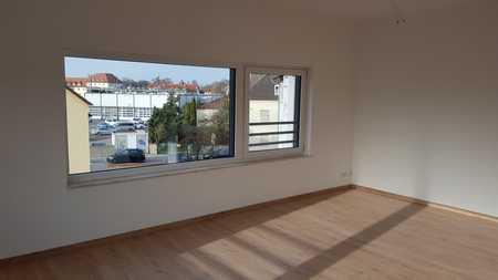 Sonnendurchflutetes neues Appartement mit Einbauküche in Ingolstadt für Studenten, Singles und Paare in Nordost (Ingolstadt)