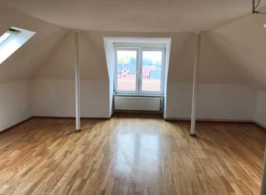 2-Zimmer-Dachgeschosswohnung mit Balkon und EBK in Visselhövede