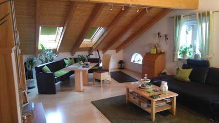 Ansprechende – ruhig und sonnig gelegene – schöne, helle 2,5   Zimmer Wohnung in Rimsting