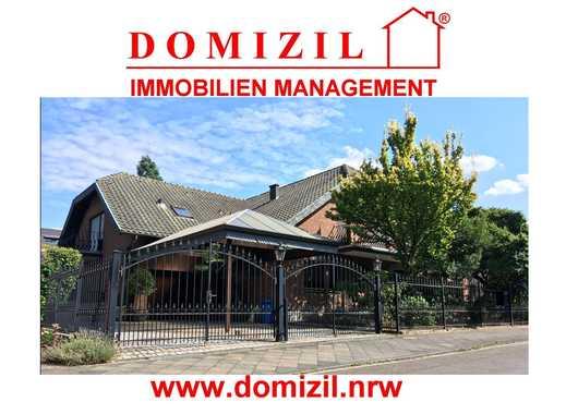Exklusives Villenanwesen in MG-Wickrath - ca. 294 m² Wfl. / GS ca. 850 m² / 9 Zimmer / Schwimmbad !