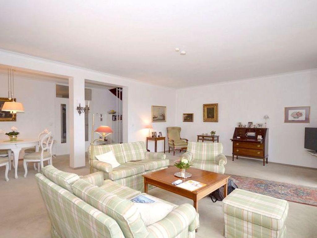 Haus Kaufen Halstenbek : halstenbek ruhige lage herrlicher ausblick 4 zimmer reihenhaus mit balkon garten und carport ~ Watch28wear.com Haus und Dekorationen