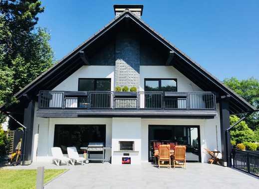 Exklusive moderne Villa mit Panoramablick in Toplage