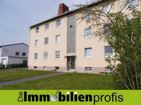 Geräumige, helle 3-Zimmer-Wohnung - Balkon, EBK und Garage im Stadtteil Moschendorf in Hof-Innenstadt