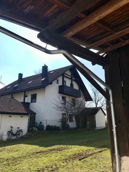 schnuckelige 2 Zimmer DG Wohnung kleiner Balkon in Eching (Freising)