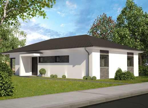Schöner Bungalow mit Garten! Individuelle Anpassung sowie Keller und Garage möglich!