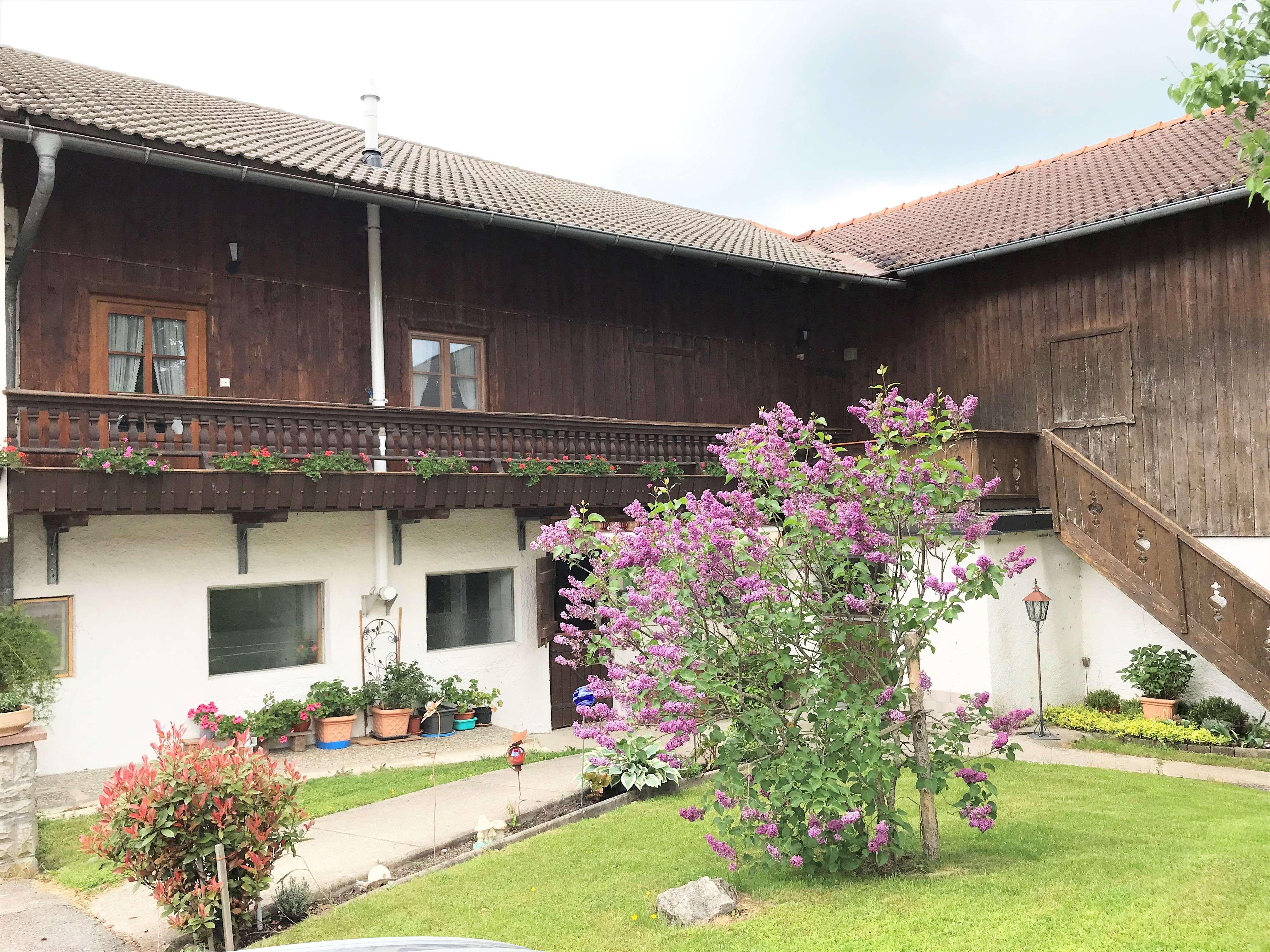 2-Zimmer-Wohnung mit Wohnküche zwischen Irschenberg u. Miesbach zu vermieten in