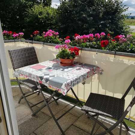 Ansprechende 3,5-Zimmer-Maisonette-Wohnung mit Balkon in Buch am Buchrain in Buch am Buchrain