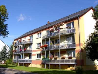 Sonnige, kleine Wohnung mit Balkon