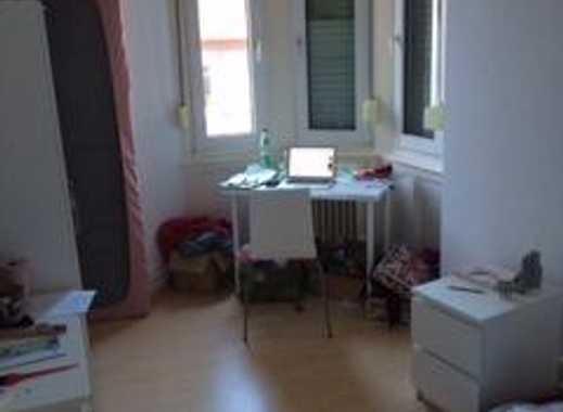 Super schönes WG-Zimmer in Altbau-WG