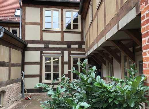 Loft-/ Atelier-Wohnung, neu saniert, zentral in Nauener Innenstadt
